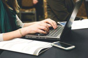 woman-typing_startupstock_pexelsCC0